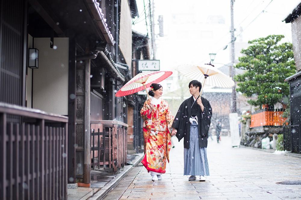 京都の町屋と雪