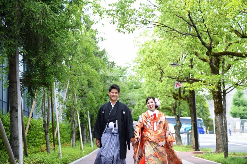 和装の花嫁衣装で歩こう