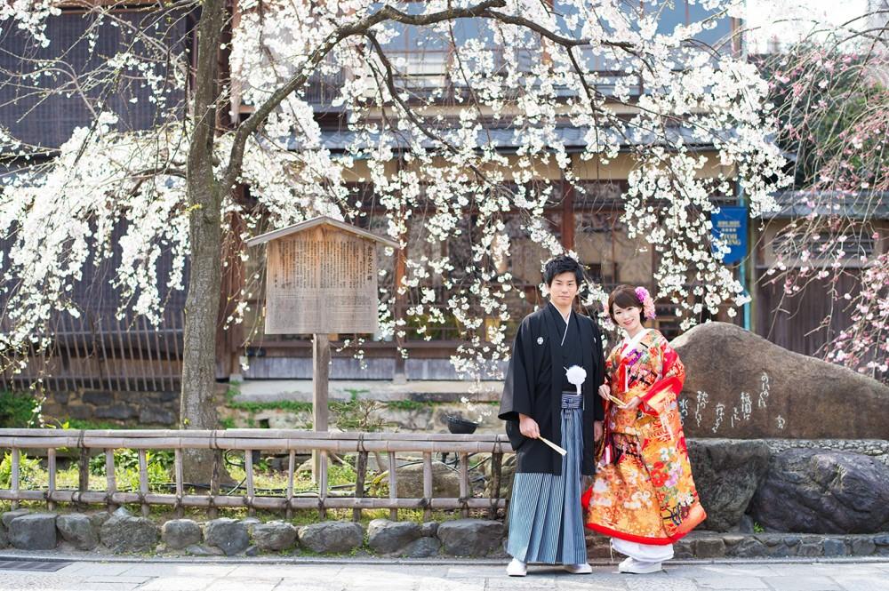 祇園の桜とともにフォトウエディング