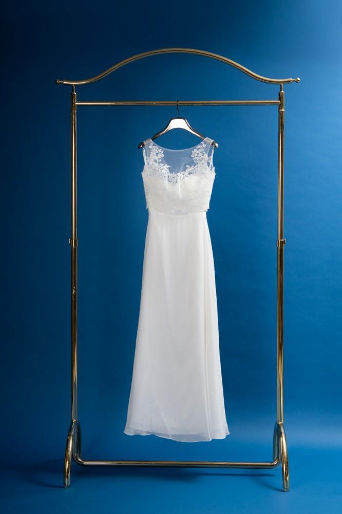 前撮り用のドレス4