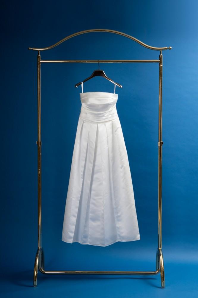 前撮り用のドレス11