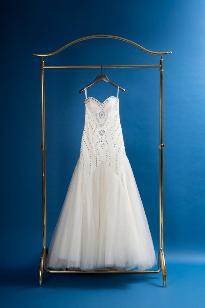 前撮り用のドレス7