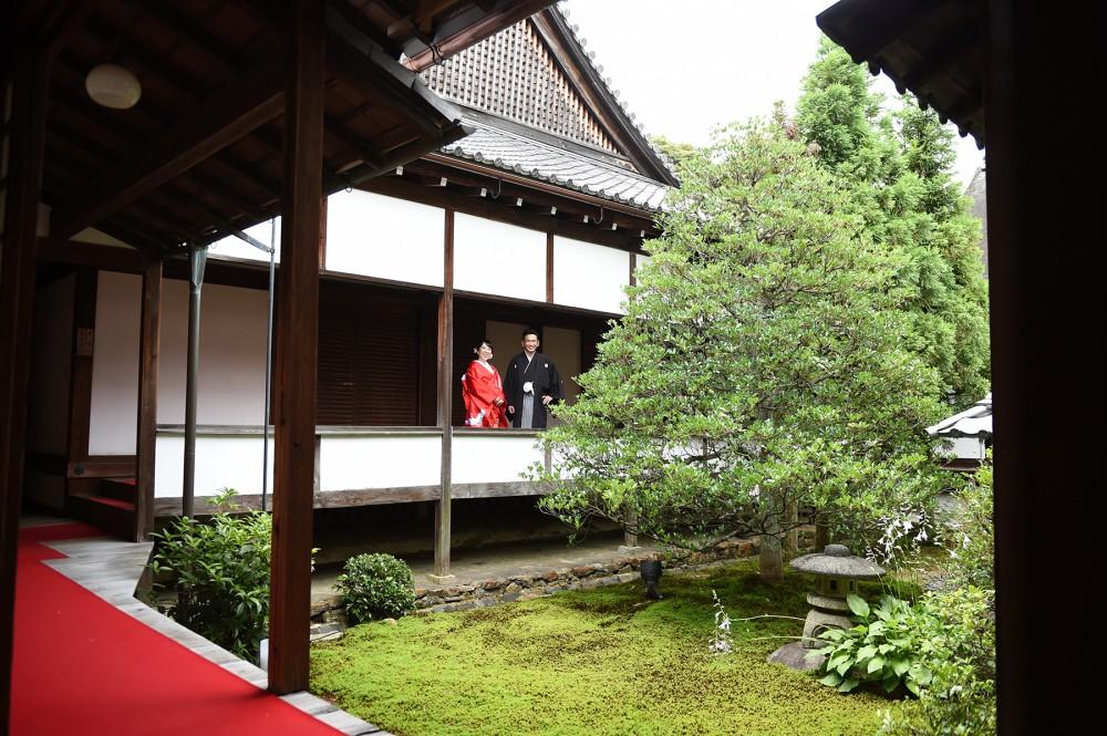 お寺での和装前撮りです。