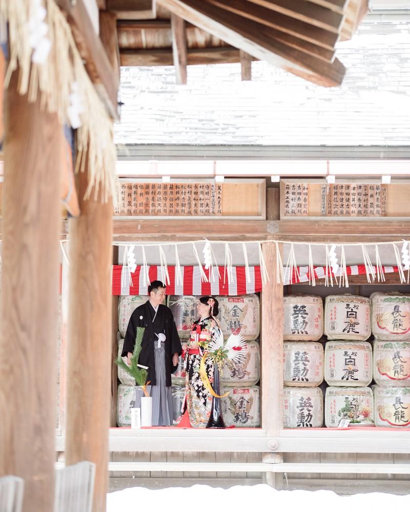 雪降る神社で、和装前撮り