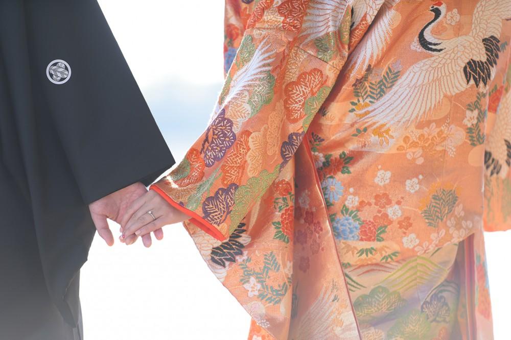 京都嵐山での和装手繋ぎ写真