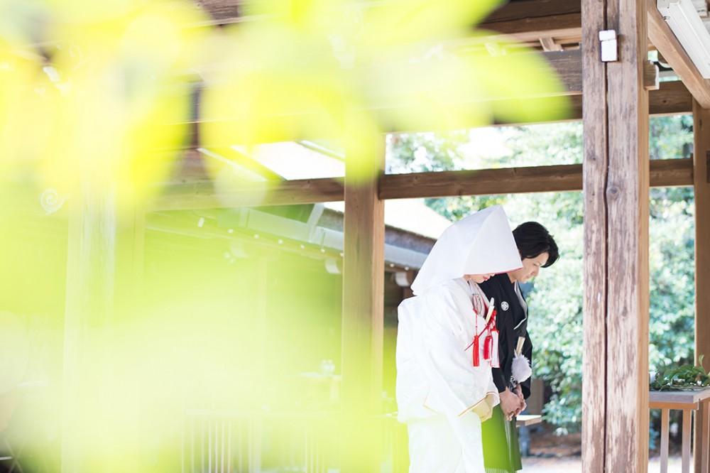 神社で白無垢撮影