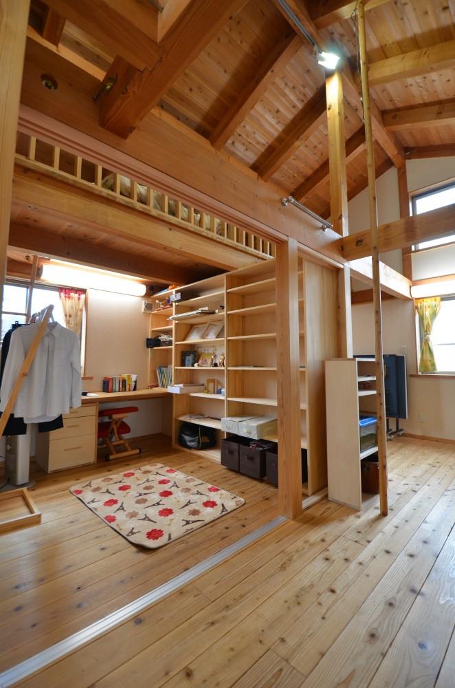 間仕切りをして個室を作る【滋賀の木の家モデルハウスにて】