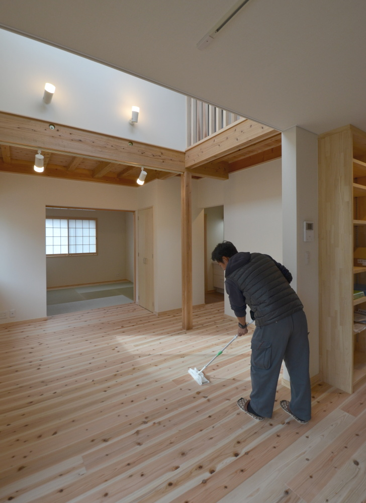 草津市の木の家新築工事 お引渡しに向けて