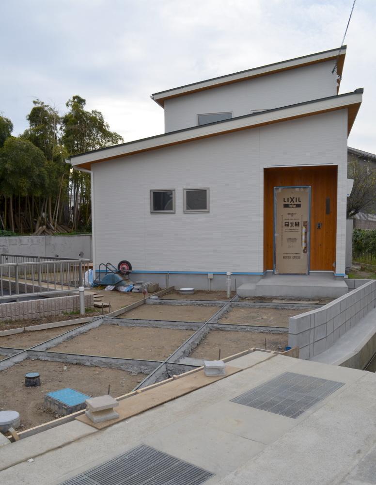 草津市の木の家 完成間近の現場に行って来ました