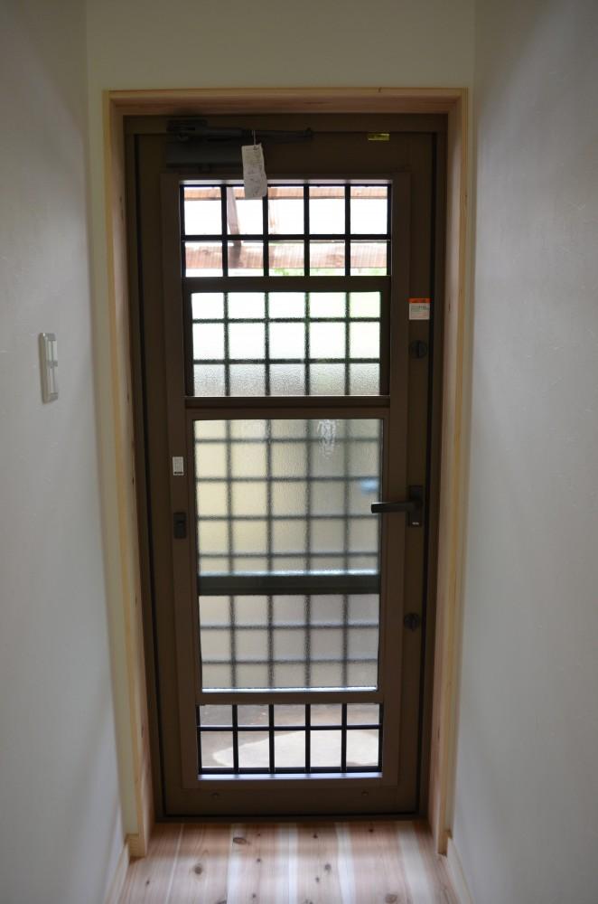 便利な勝手口ドア